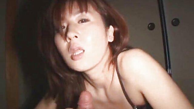 A Candice Luca le encanta meterse los porn español latino dedos en su apretado coño