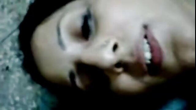 Chicas rubias se montan en un trío con videos de sexo gratis en español latino Logan